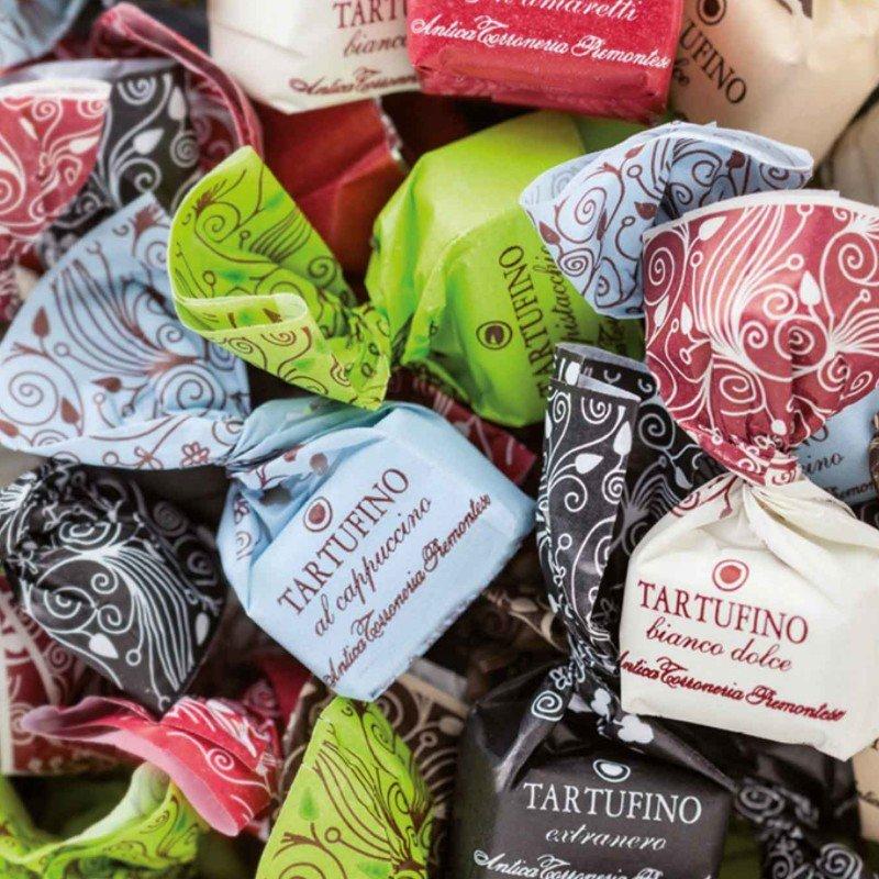 Tartufini dolci di cioccolato assortiti Antica Torroneria Piemontese - Castroni a Via Catania